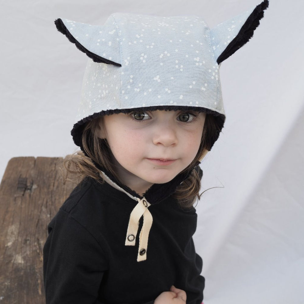 Kids' Winter Beanie with Straps, Bambi, Snow