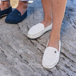 Beach Shoes for men and women white