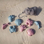 beach-sand-toys-moulds-pink-scrunch