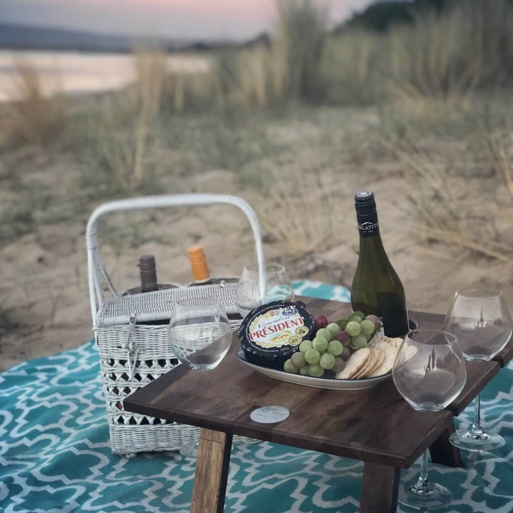 portable picnic table 4 wine glass slots hardwood
