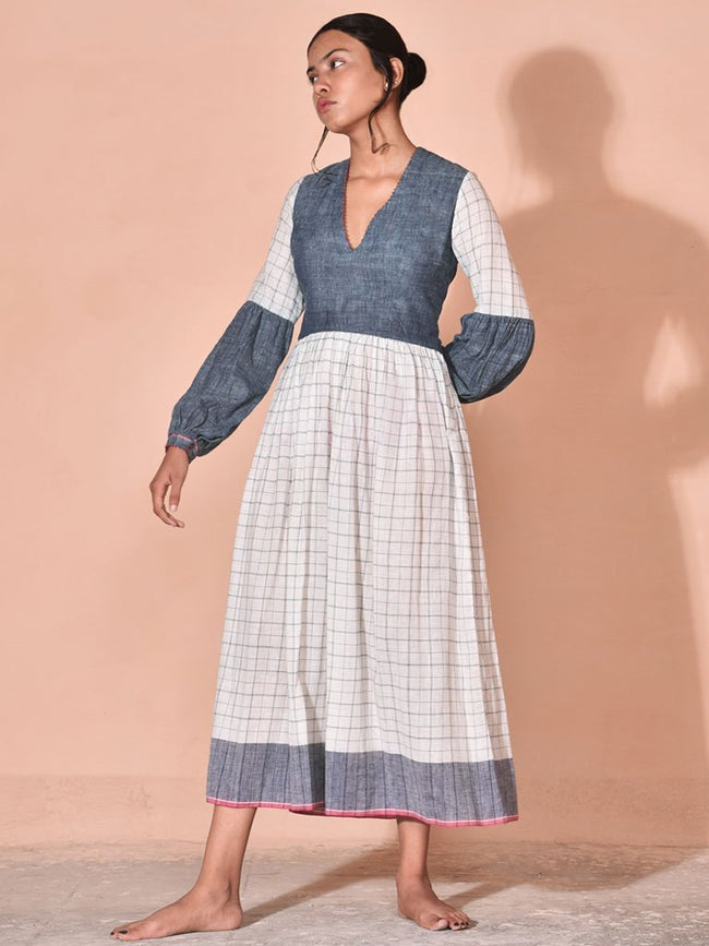 Lada - DRESSES - IKKIVI - Shop Sustainable & Ethical Fashion