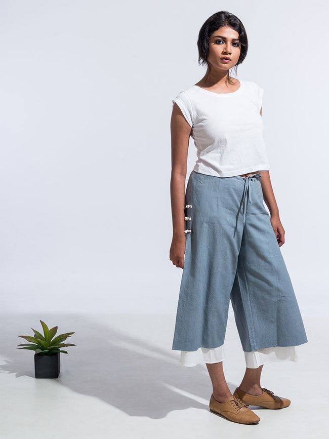 Ana Capri Pants Grey - SKIRTS & TROUSERS - IKKIVI - Shop Sustainable & Ethical Fashion