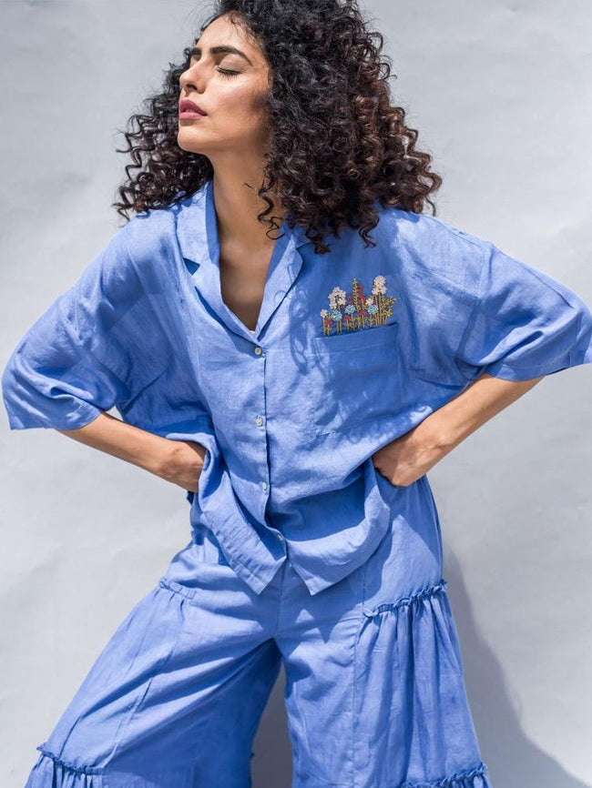Sustainable blue cotton silk embroidered crop shirt image