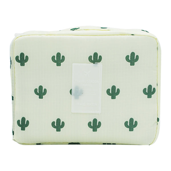 Beautician Necessaire. Perfect for your next trip!