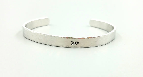 Skinny 3 arrows hammered cuff