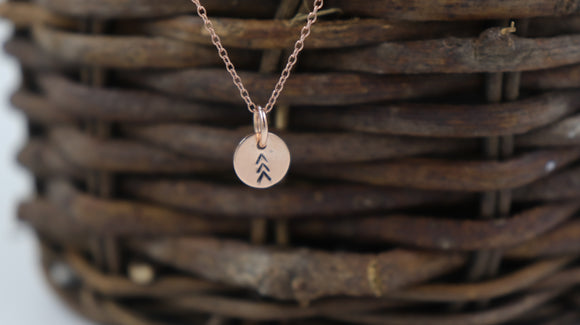 Rose Gold 3 arrows minimalist pendant