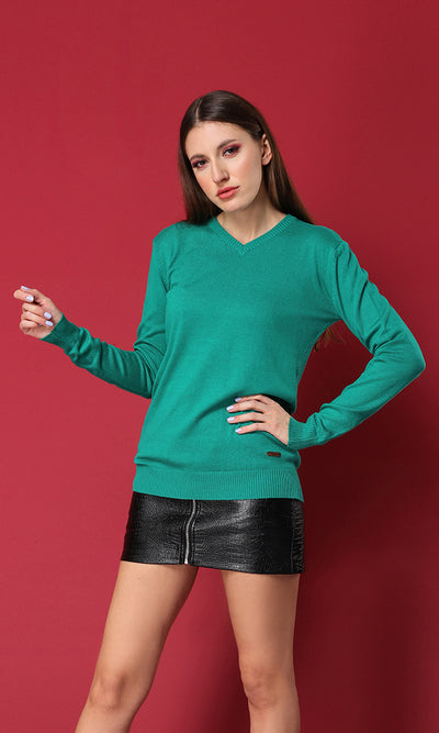 35155 Green V-Neck Light Weight Basic Pullover