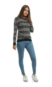 35402 Bi Tone Winter Pattern Casual Pullover - Black & White