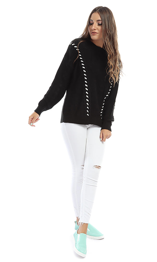 Knitted Pullover - Black & White