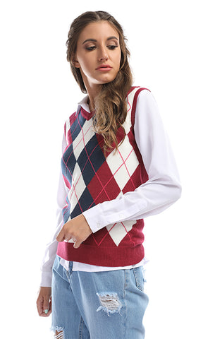 41777 Smart Casual Checkered Maroon Sleevless Pullover