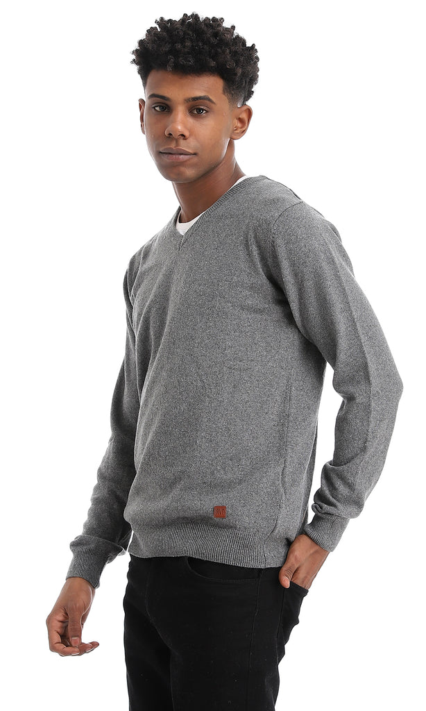 Elegant Solid Rounded Light Grey Pullover