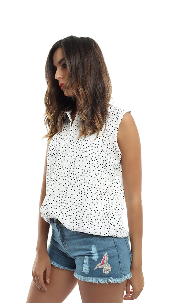 Sleeveless Buttoned Shirt - White