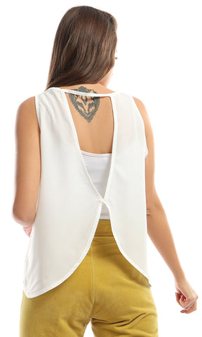 47789 Decorated Cropped White Top With Open Back
