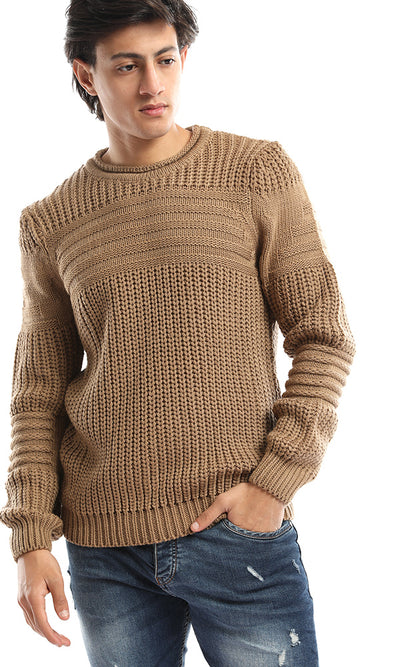 50196 Men Knit Round Neck Camel Pullover