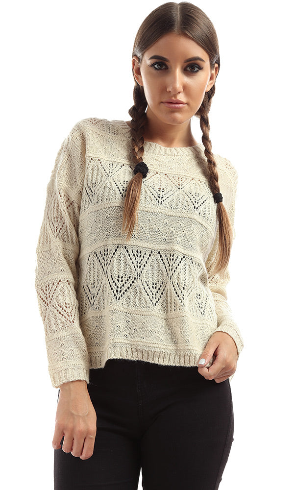 Buttoned Back Cropped Pullover Beige