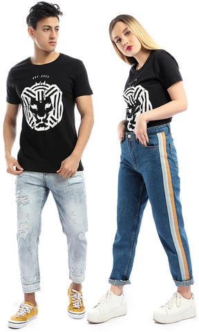 54276 Cairohee Colley Printed Printed Logo Casual T-القميص-أسود
