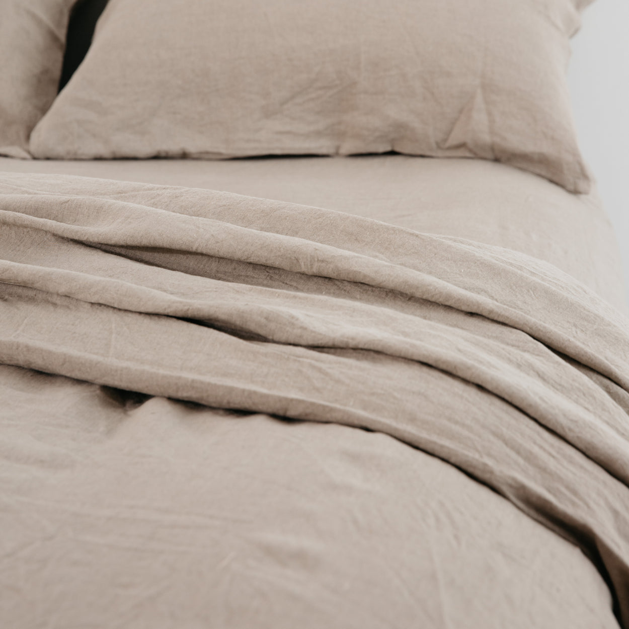 carlotta + gee - fitted sheet - natural