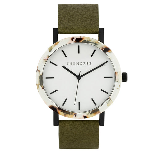 the horse watch resin E4 - nougat shell / white dial / olive leather