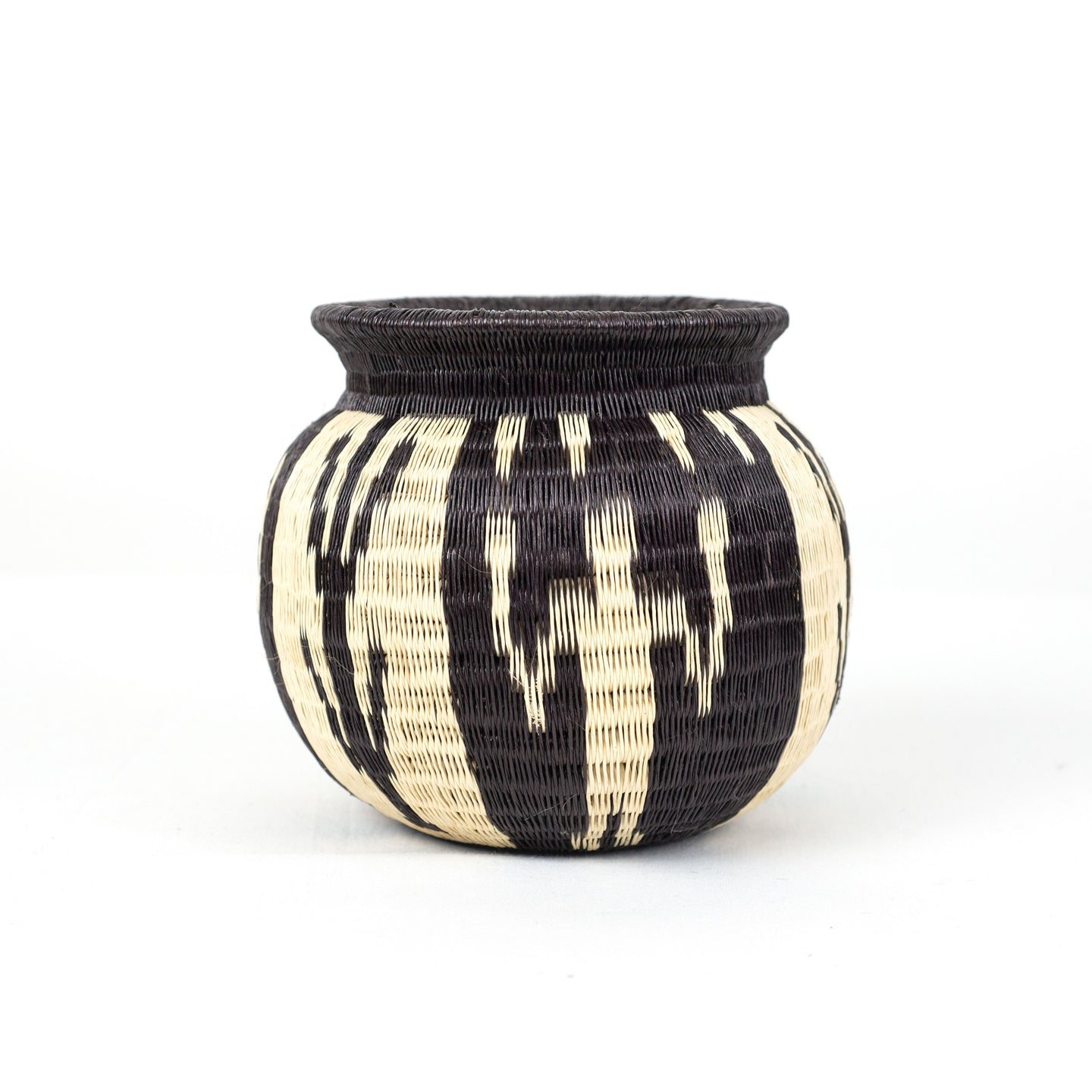 small black and white traditional basket vase