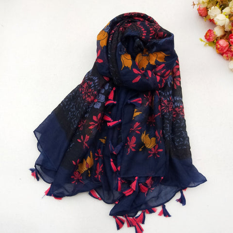 1PC Women Cotton Scarf Square Tassel Spring  and Summer.