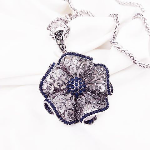 Vintage Flower Long Pendant Necklace New Fashion Jewelry.