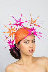 GRACE-side beret with hot pink and orange feather flowers