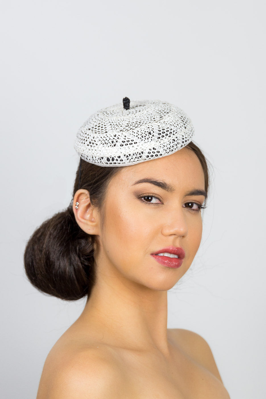 HAILEY BERET -sweet black and white cocktail hat