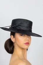 Load image into Gallery viewer, HANNAH-black flat crown fedora with piping trim