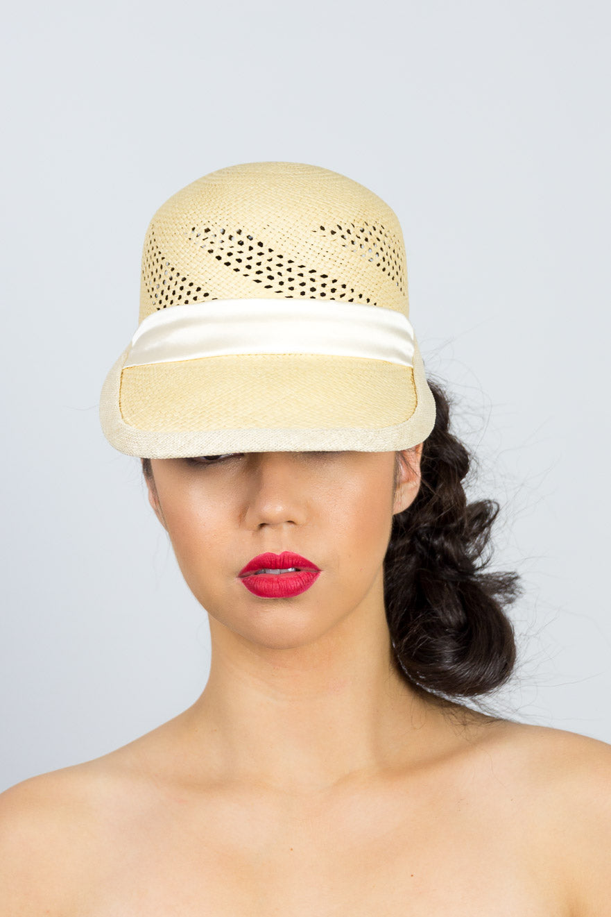 KARLA-cute straw cap with ivory silk tie
