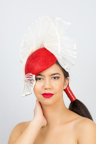 KATHERINE- Red tear drop beret with vintage pleated braid trim