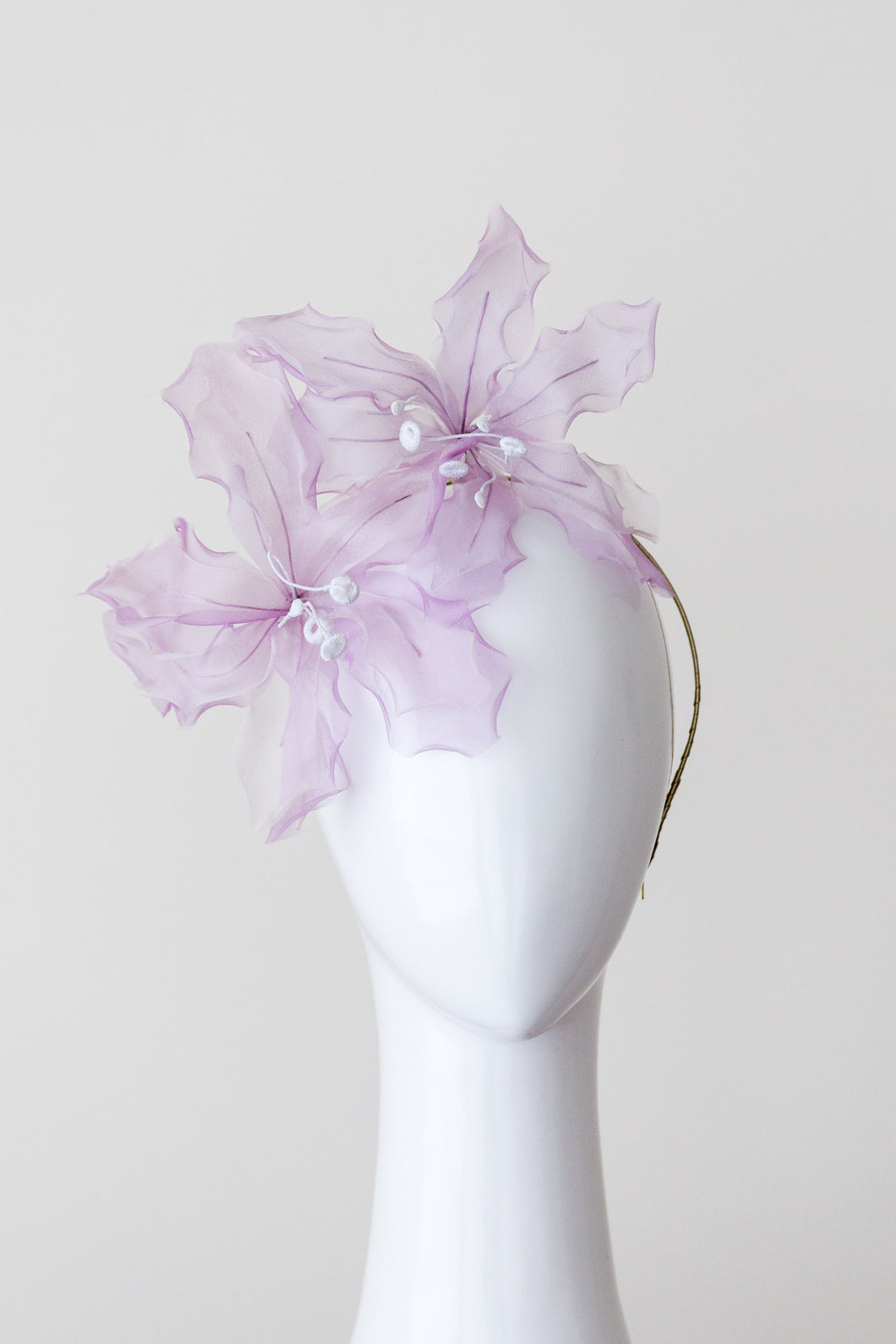 LATICIA HEADBAND- Soft mauve organza flowers in a metal headband