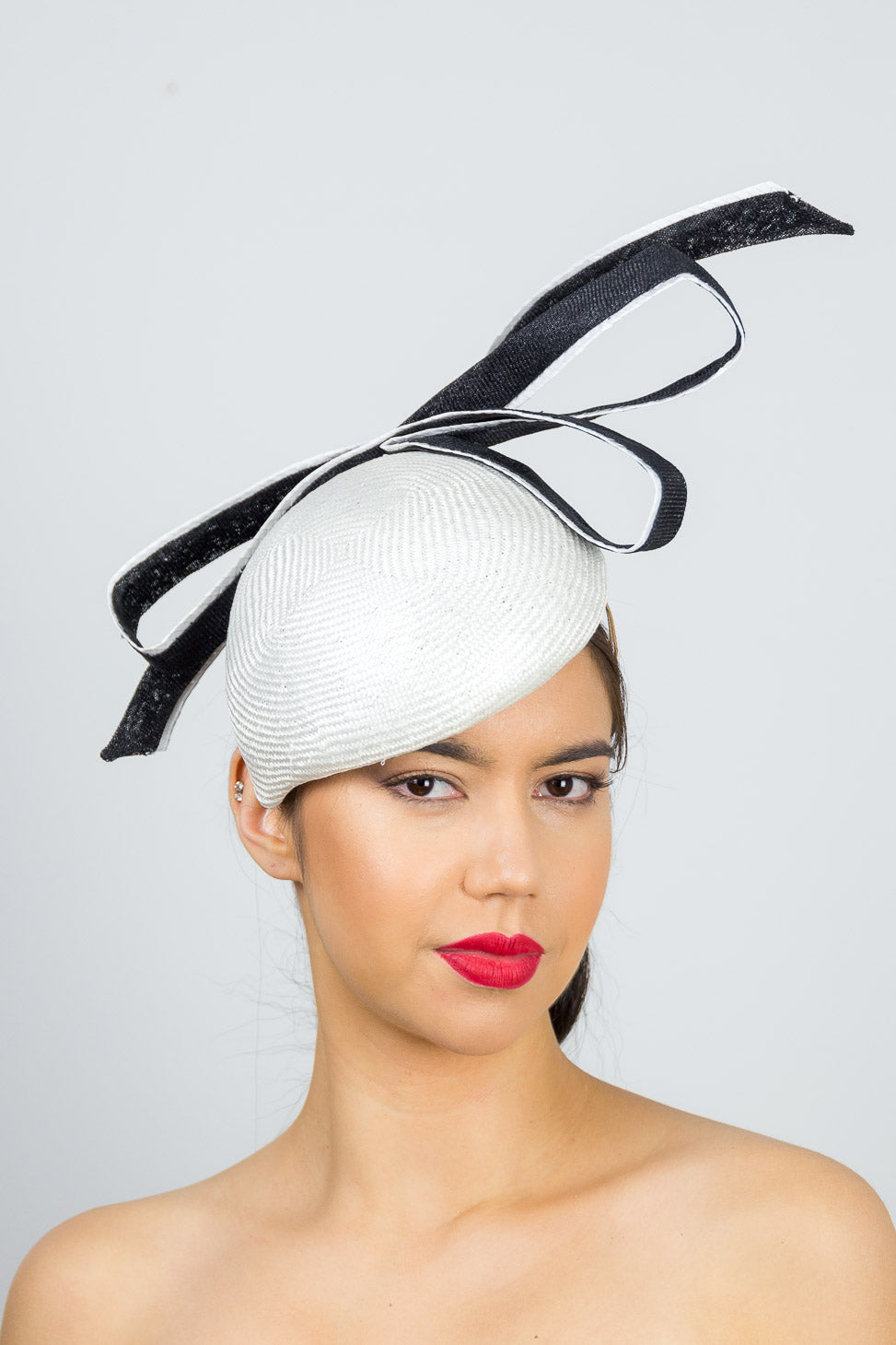 LILY- White side beret with large black and white bow