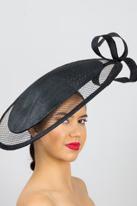 RUBY- black platter hat with structured veil and bow