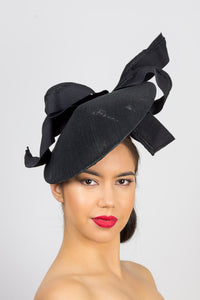 SCARLETT-Modern black coolie platter with bow