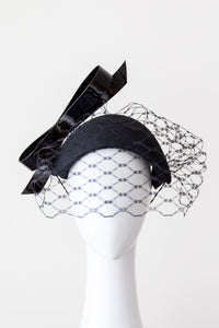 TASHIE- Black veiled headband with patent bow