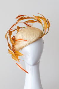 FAN TAIL BERET-Gold side beret with mustard and orange feathers