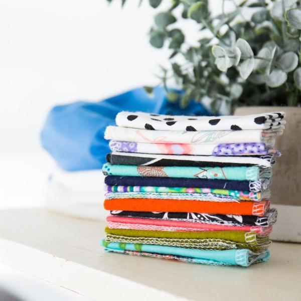 12 CLOTH WIPES | SURPRISE PRINTS COTTON