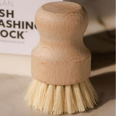 BIODEGRADABLE TEAKWOOD AND AGAVE | POT SCRUBBER AND VEGGIE BRUSH
