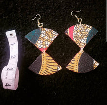 Double triangular earring