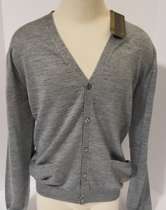 LIGHT-WEIGHT CARDIGAN SWEATER