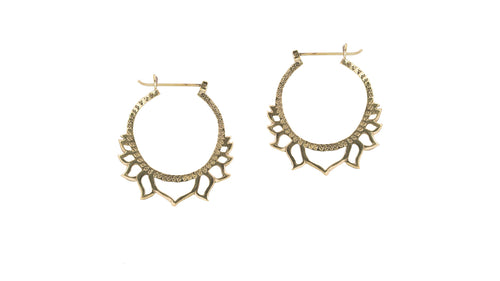 MEDIUM LOTUS HOOPS BRASS