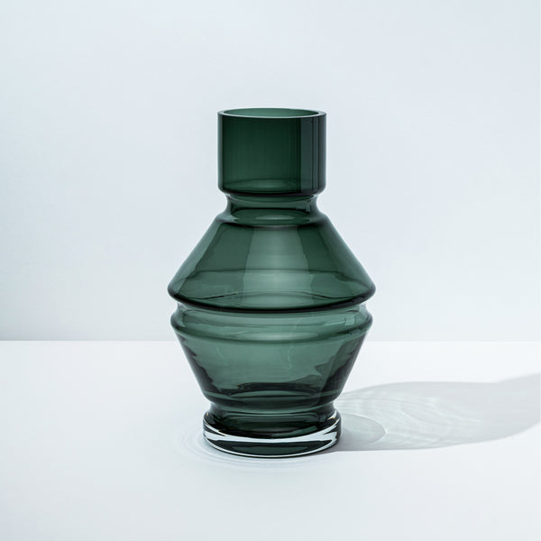 Relæ - large glass vase - cool grey