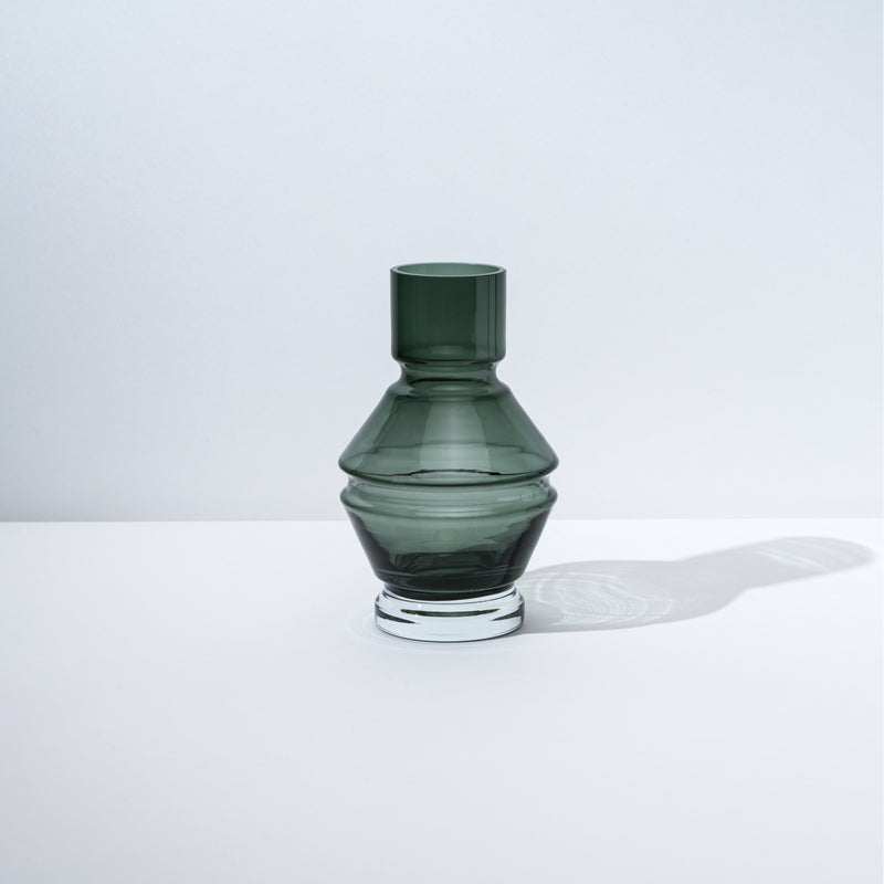 Relæ - Small Glass Vase - Cool Grey