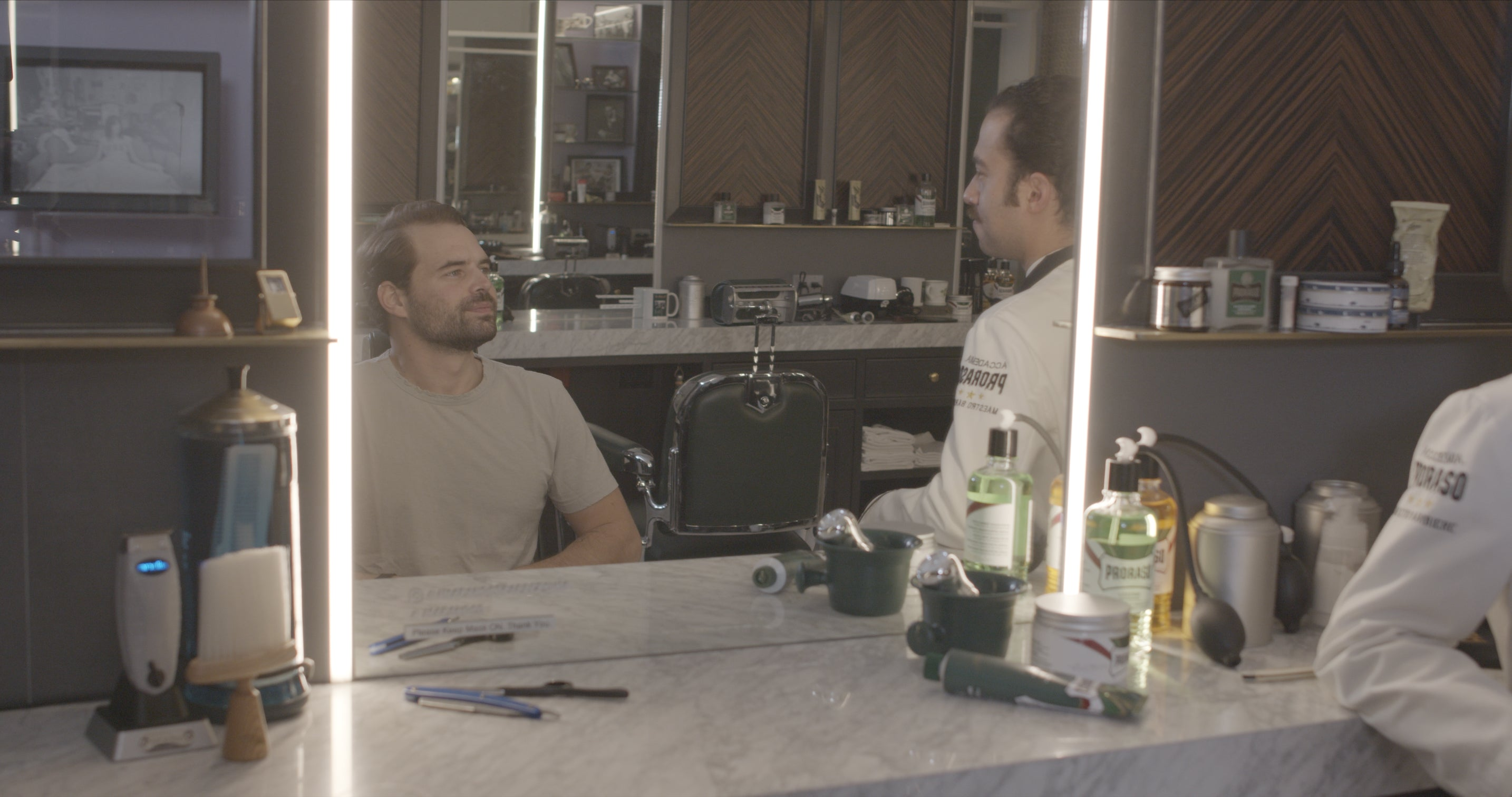 Conversation and self-reflection at Haar & Co Barbershop