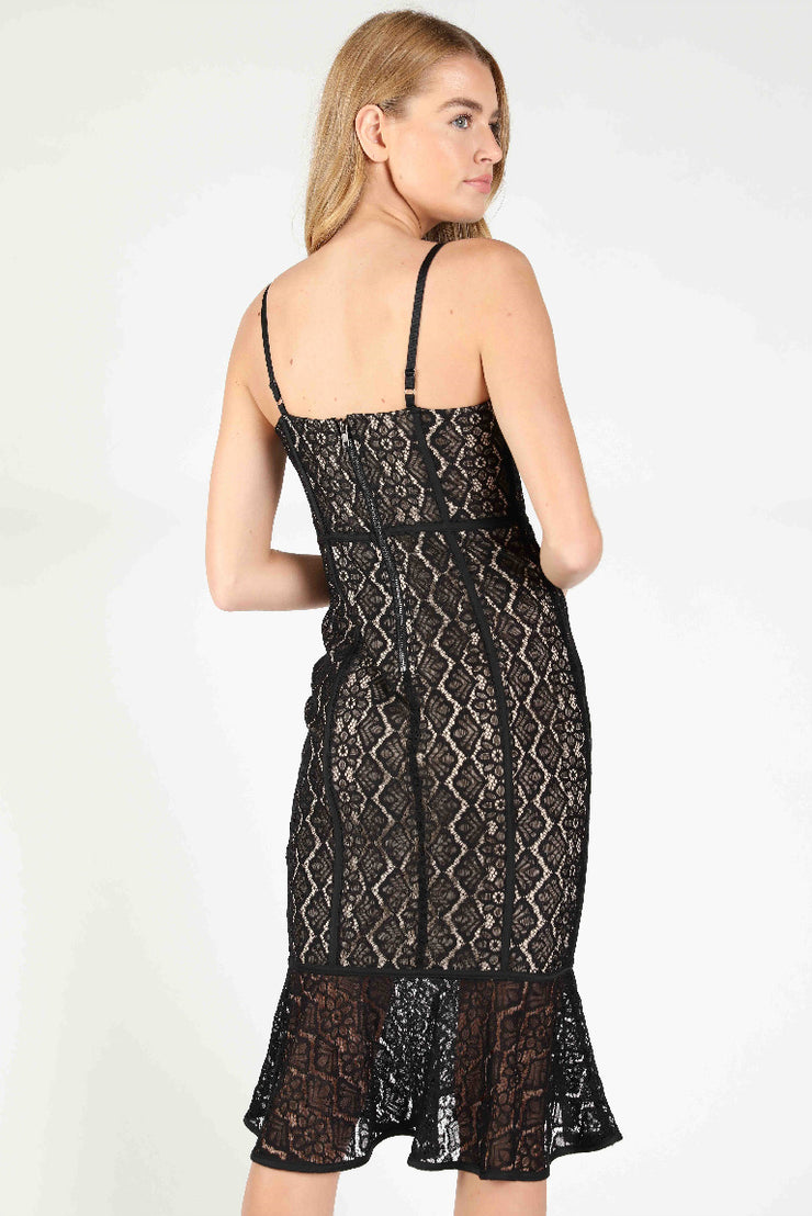 SWEETHEART BODYCON LACE DRESS