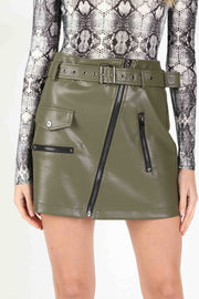 ASYMMETRICAL ZIPPER MINI SKIRT
