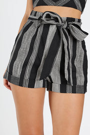 TEXTURED HI RISE SHORT WITH BELT