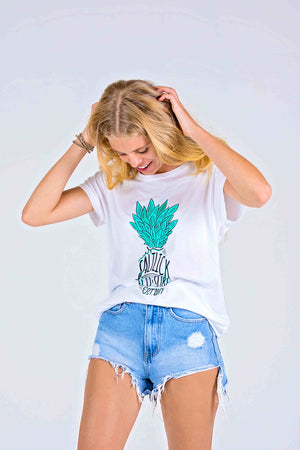 LADIES TEE - SALT LICK GREEN PINEAPPLE