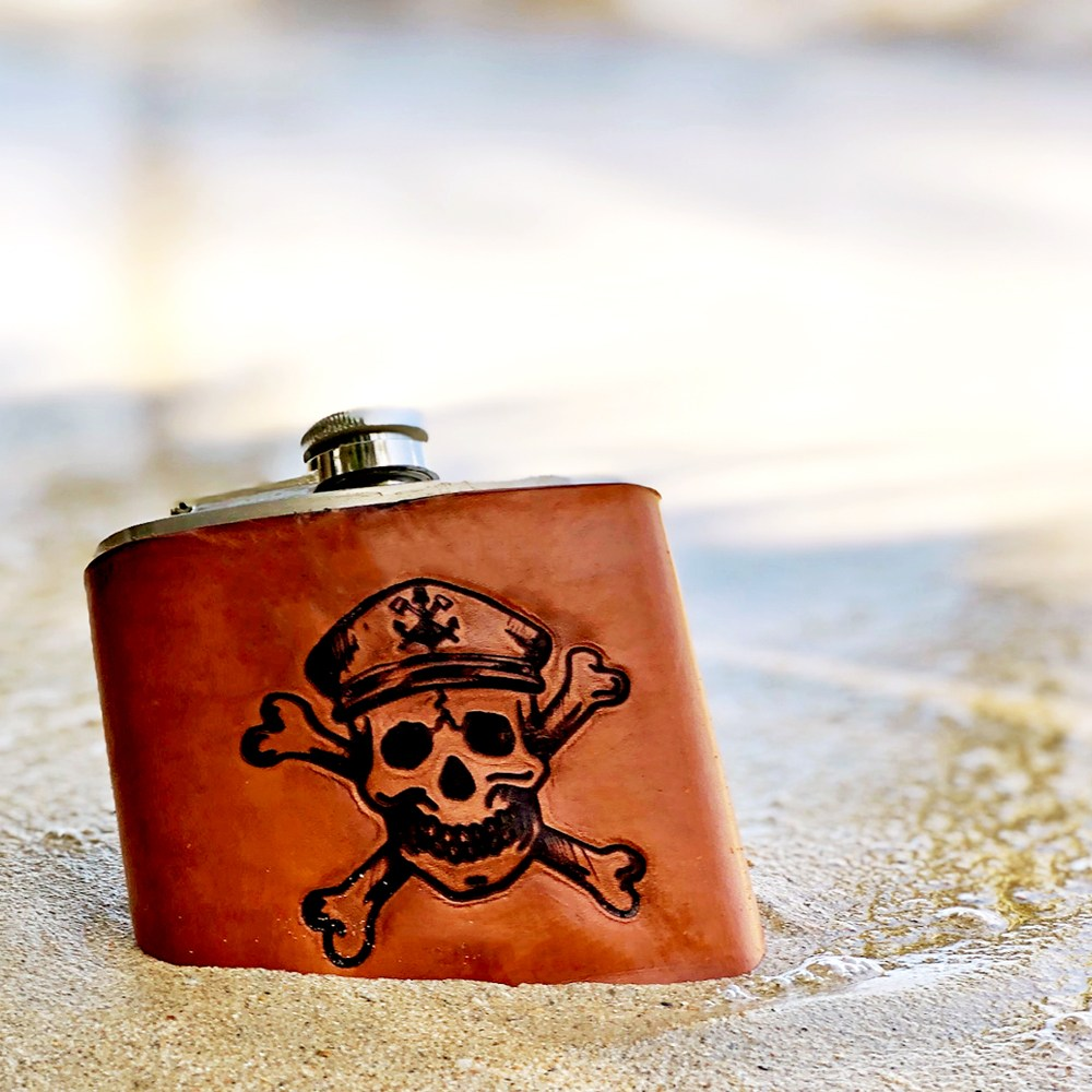 The Captain - Handmade 6 oz. Leather Flask