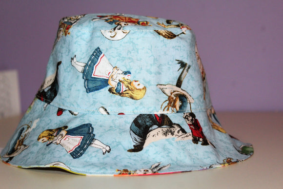 Reversible Sun Hat - Alice in Wonderland